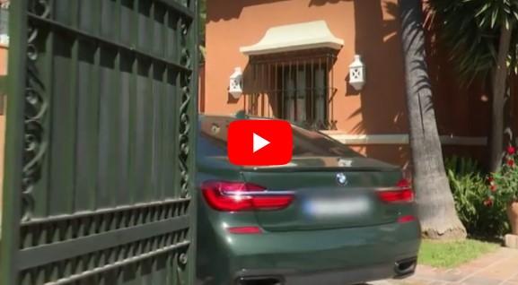 video okupa coche mansion