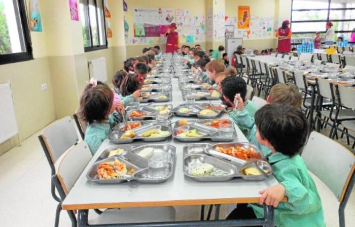 padres leon niegan pagar comedor junio (2)
