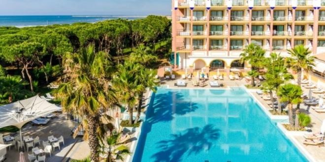 Pagan 4000 euros probar hotel gratis