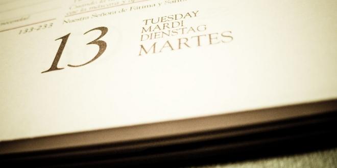 Martes Y 13 España