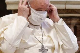 ingresan al Papa Francisco para una intervención quirúrgica