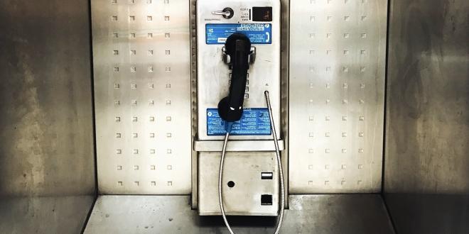 cabina telefonica fallecidos-Digital de León