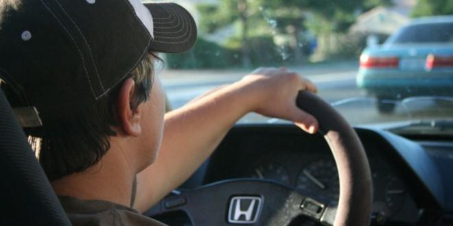 jovenes espanoles conducir-Digital de León