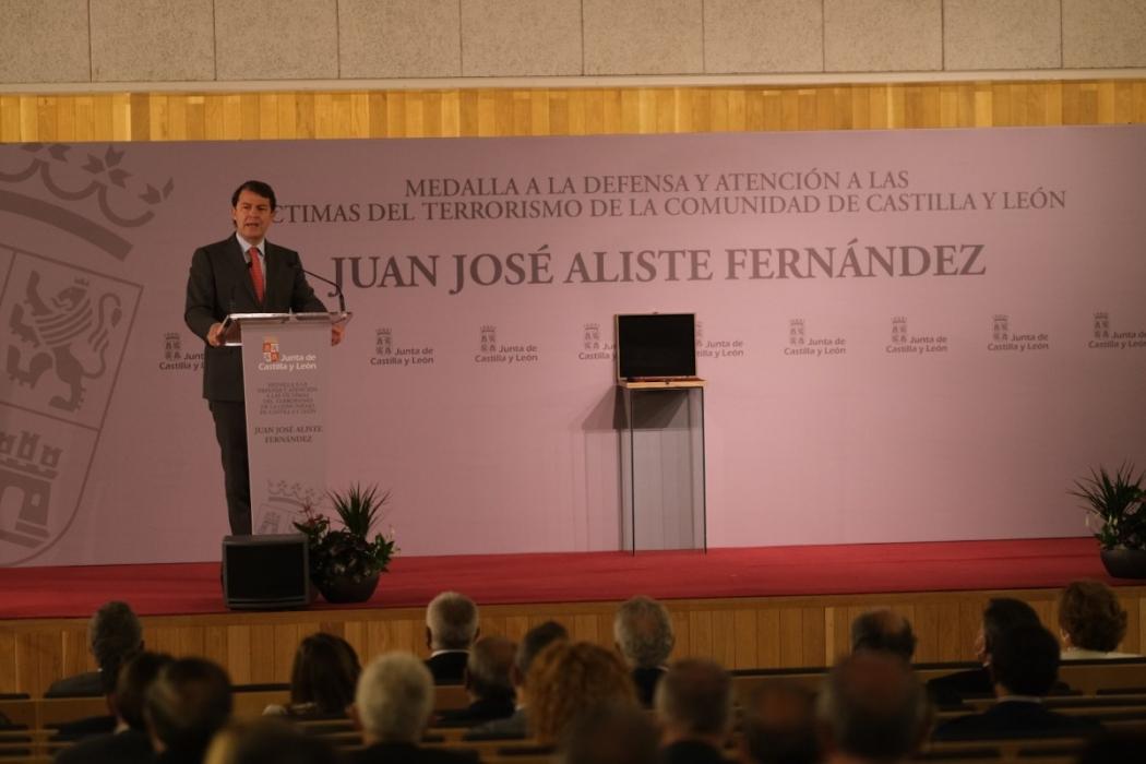 junta homenaje victimas eta 2021-Digital de León