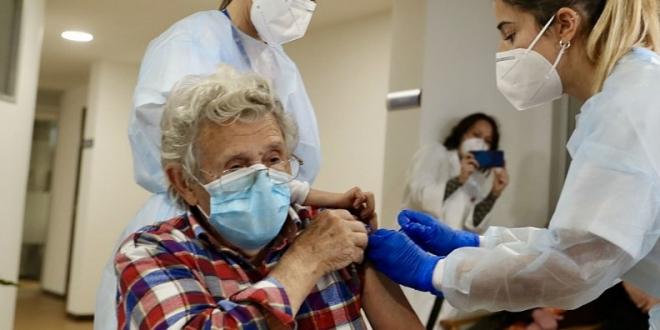 leon resiencias tercera dosis vacuna