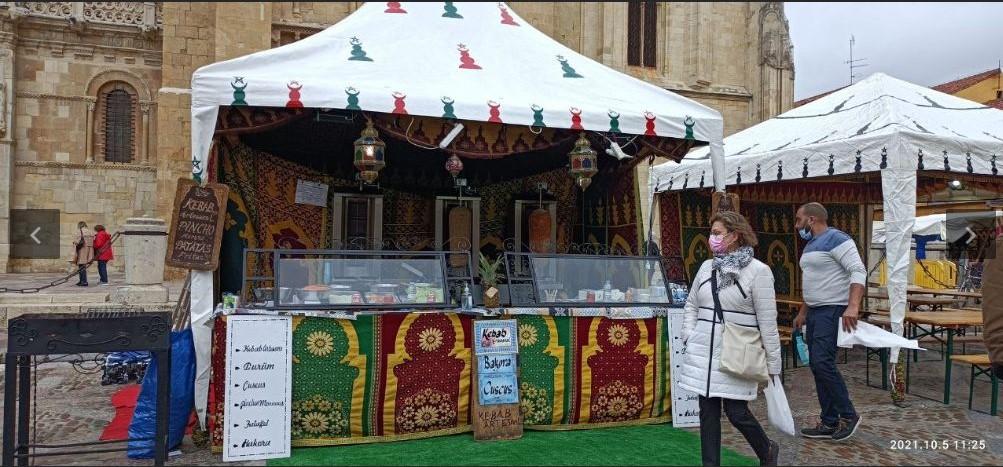 mercado medieval de san froilan- digital de León